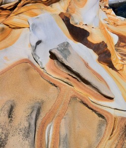 海邊的沙岩